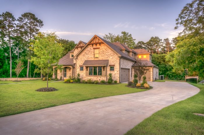 How to Boost the Curb Appeal of a Property