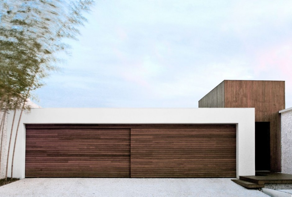 House of the Day the AS House by Guilherme Torres