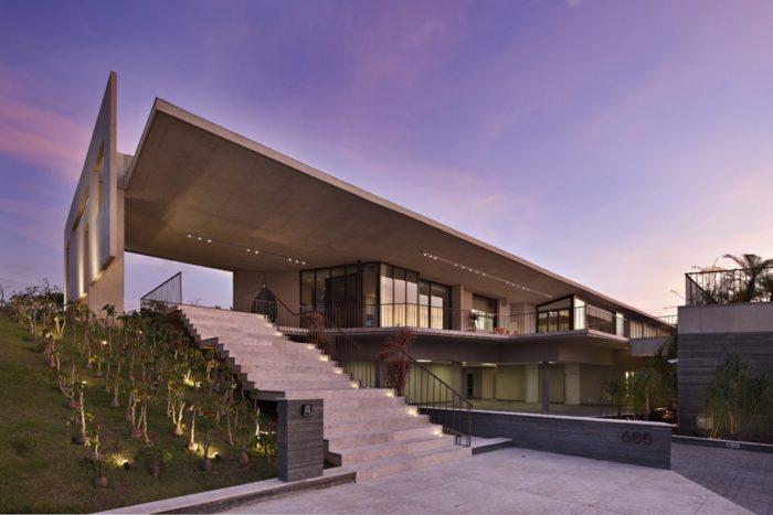The Luxury Casa JE Property by Humberto Hermeto in Brazil