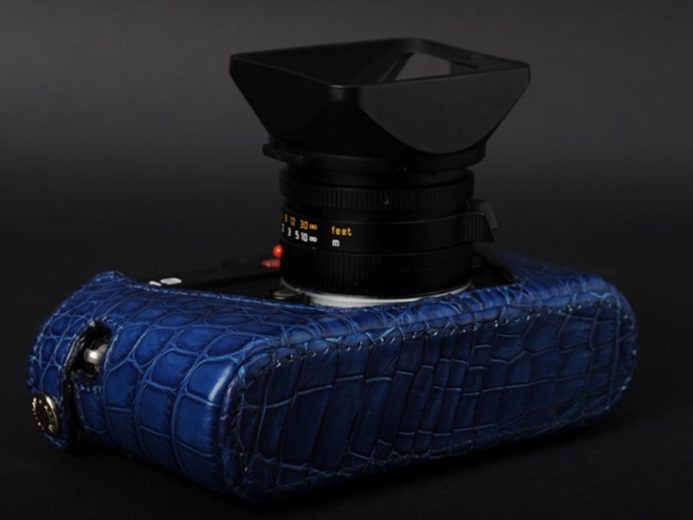 Artisan&Artist's Crocodile Leather Case for the Leica M7 and M9