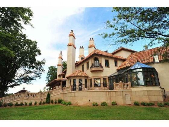 Chateau Lyon Residence in North Carolina 15