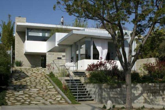 House in California by Jesse Bornstein
