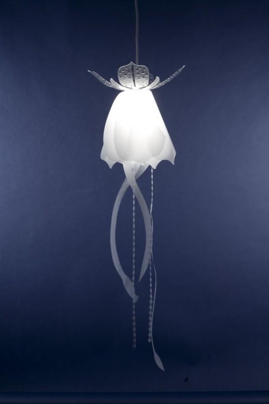 Lovely Jellyfish-Like Pendant Lamps 1
