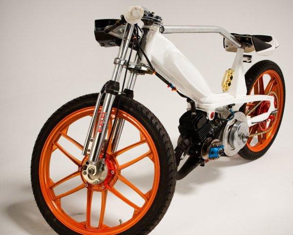 Jarrett Petty's Motobecane 40T Moped 3