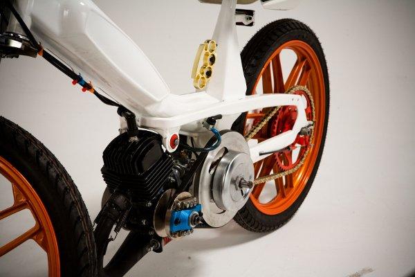 Jarrett Petty's Motobecane 40T Moped 4