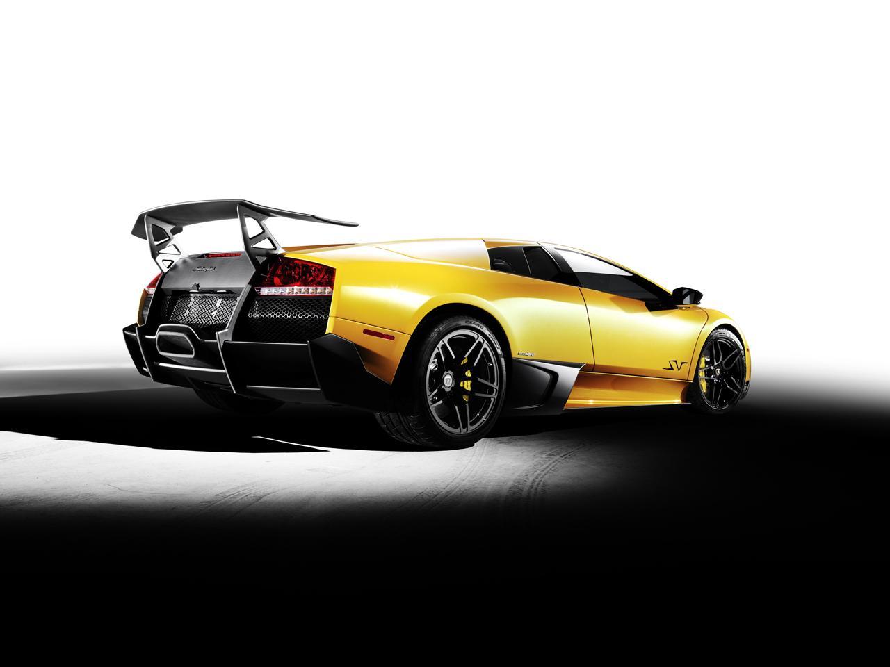 Lamborghini Murcielago LP670-4 Super Veloce 2