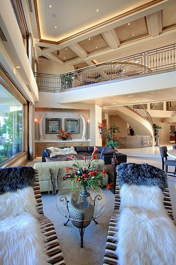 Nicolas Cage's Former Los Angeles Mansion for Sale - Luxury Magazine 10