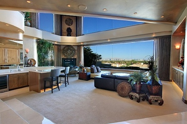 Nicolas Cage's Former Los Angeles Mansion for Sale - Luxury Magazine 9