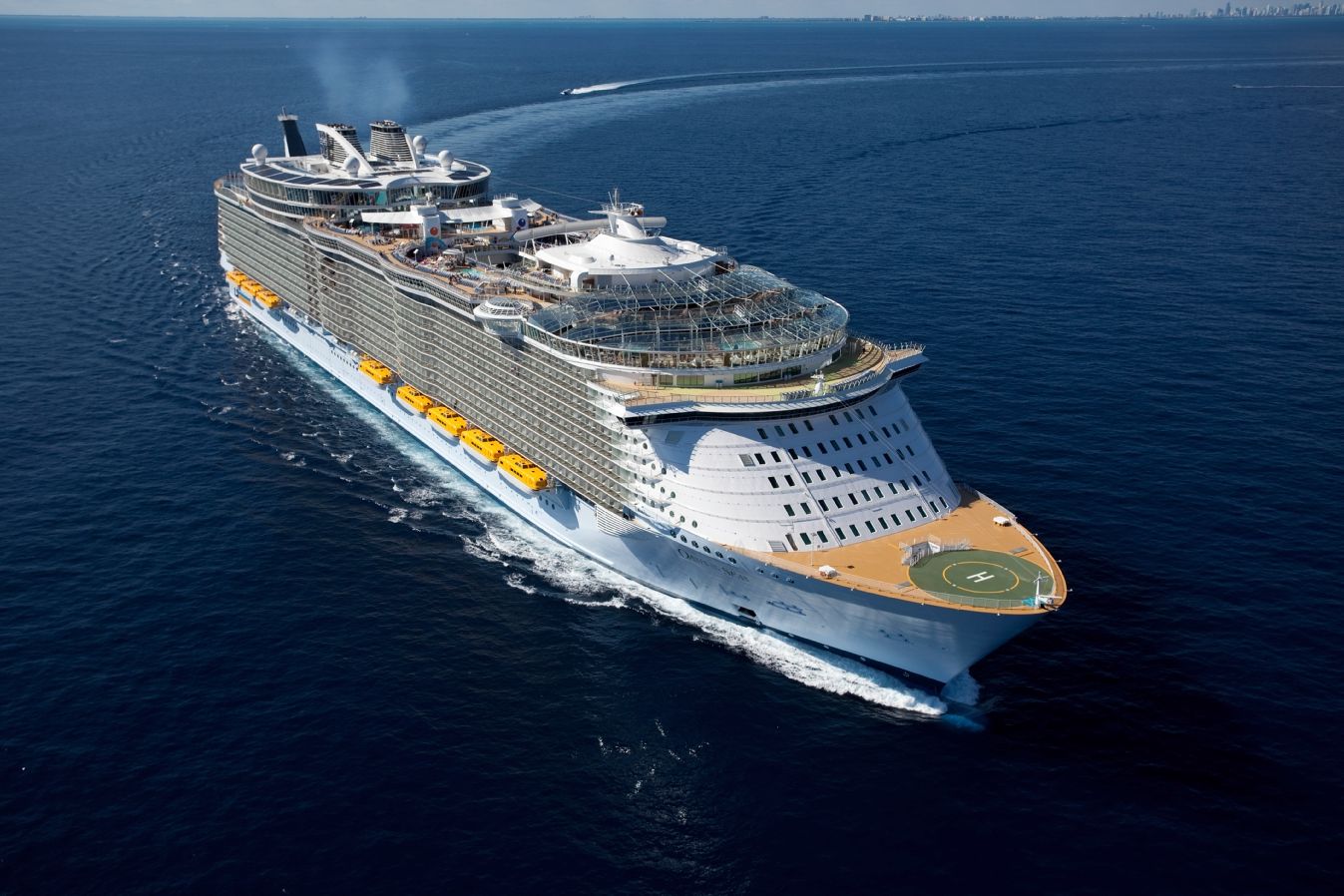 Sheer Luxury on the Largest Cruise Ship, Allure of the Seas 3