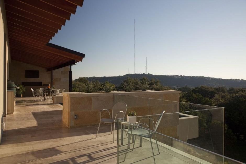 Terrace Mountain House in Texas 4