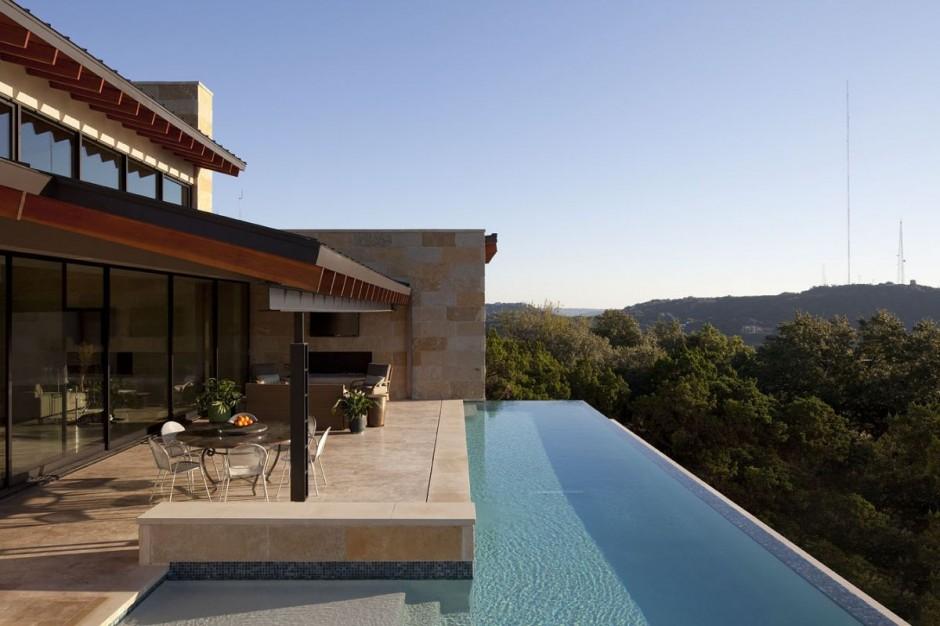 Terrace Mountain House in Texas 6