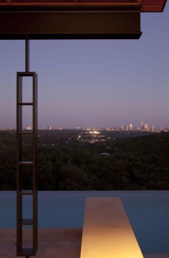 Terrace Mountain House in Texas 7