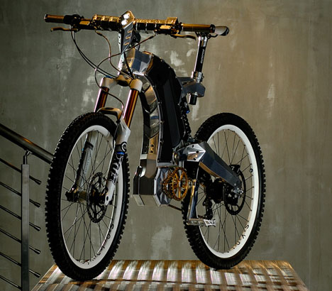 The Two-Wheeled Beast from M55 4