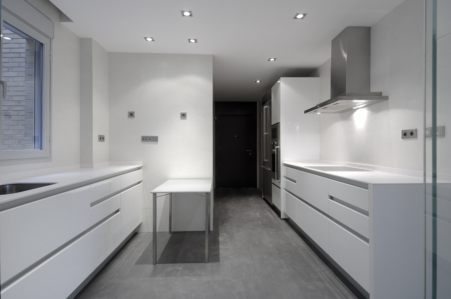 Remodeled Apartments by A-cero 15