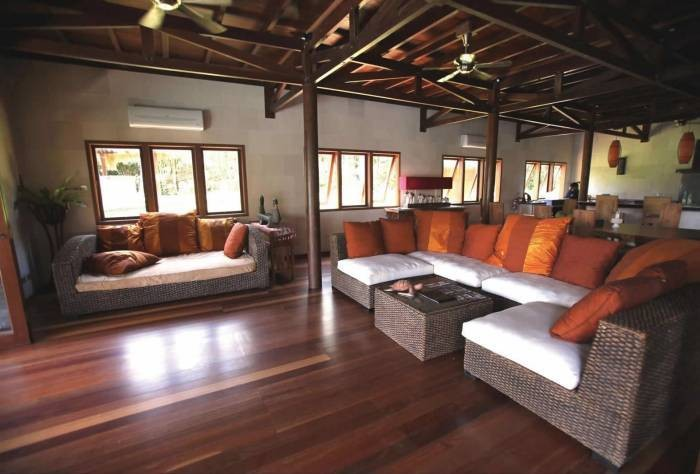 The Hibiscus Villa in Borneo 18