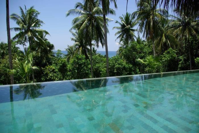 The Hibiscus Villa in Borneo 9