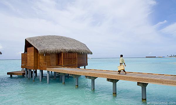 The Luxurious Anantara Resort Maldives 9