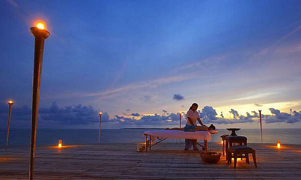 The Luxurious Island Hideaway Resort 6