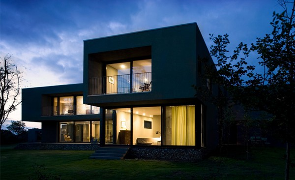 The Wilderness Residence by Paul+O Architects