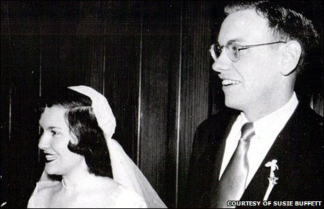 Warren Buffett and Susie Thompson were married at a ceremony in Omaha on 19 April 1952