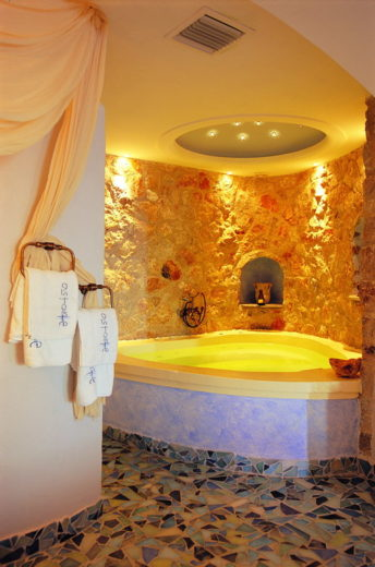 Astarte Suites, a Lovely Boutique Hotel in Greece (12)