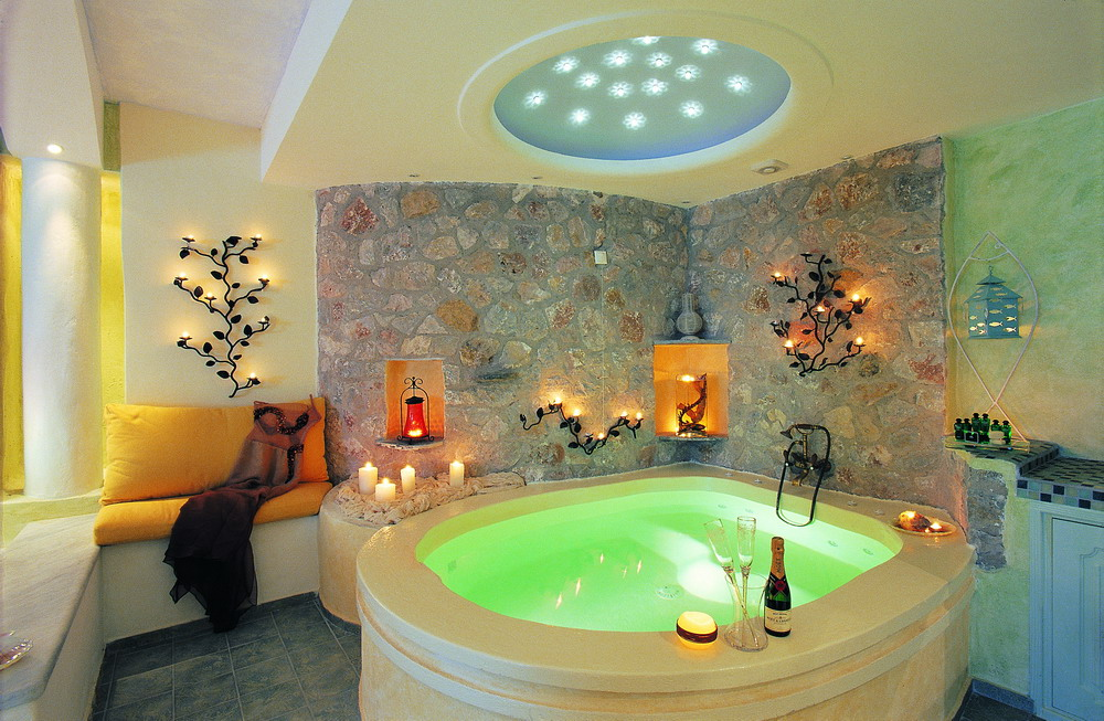 Astarte Suites, a Lovely Boutique Hotel in Greece (10)