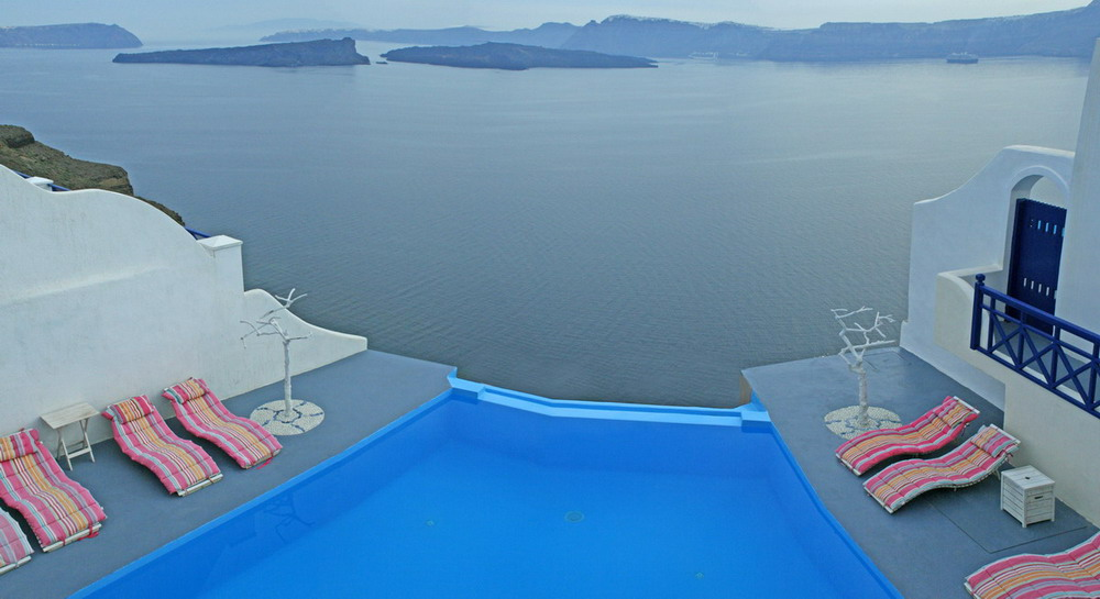 Astarte Suites, a Lovely Boutique Hotel in Greece (8)