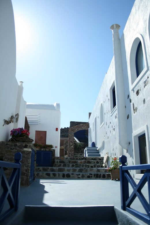 Astarte Suites, a Lovely Boutique Hotel in Greece (4)