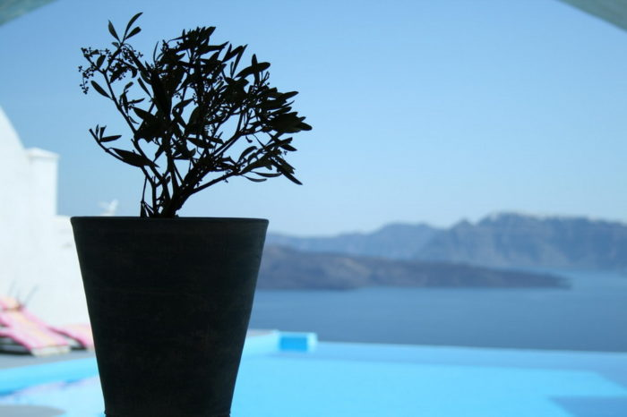 Astarte Suites, a Lovely Boutique Hotel in Greece (3)
