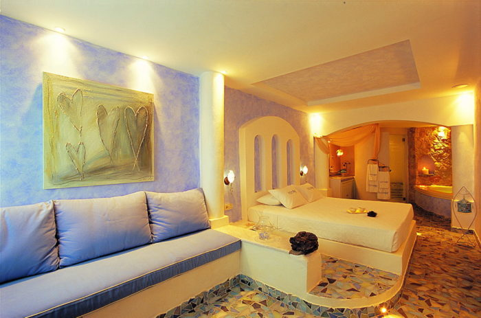 Astarte Suites, a Lovely Boutique Hotel in Greece (13)