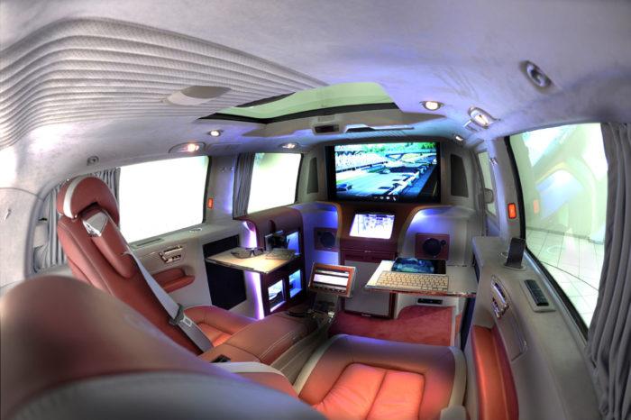 Brabus Mercedes Viano iBusiness 3D Van (20)