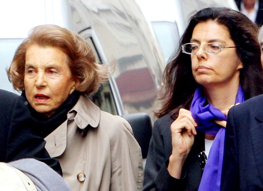 Liliane Bettencourt and Françoise Bettencourt Meyers in 2007