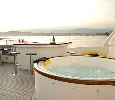 Mabruk III Luxury Yacht (7)