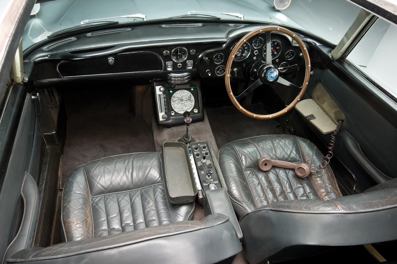 Aston Martin DB5 (22)