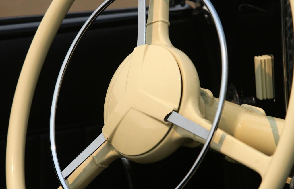 Auburn 851 Boattail Speedster (42)