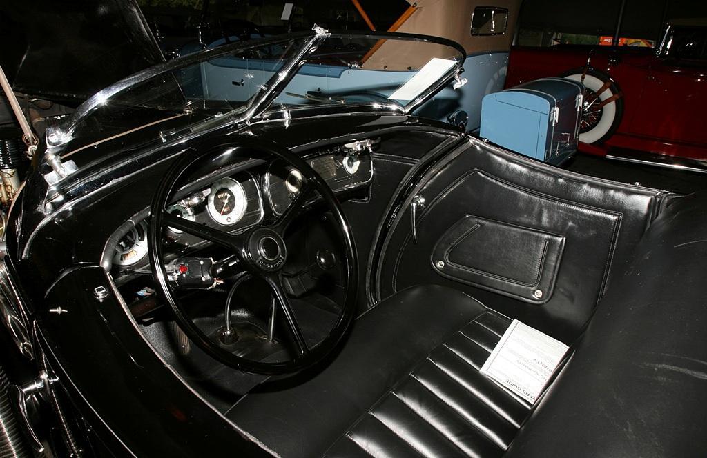 Auburn 851 Boattail Speedster (49)