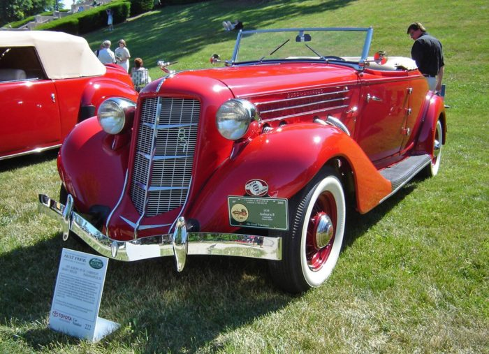 Auburn 851 Boattail Speedster (18)
