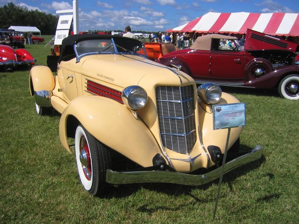 Auburn 851 Boattail Speedster (9)