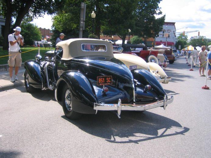 Auburn 851 Boattail Speedster (6)