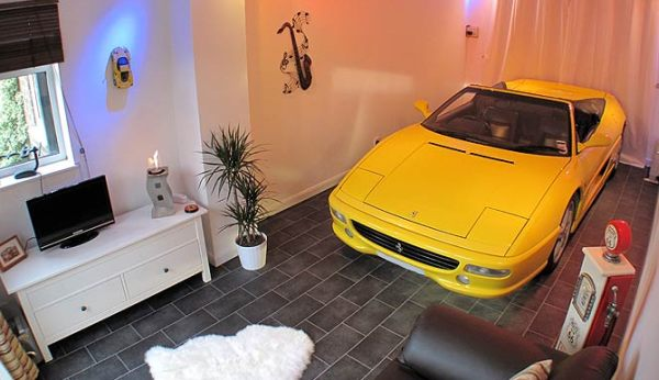 Ferrari Diehard Fan Keeps His Car in His Living Room (3)