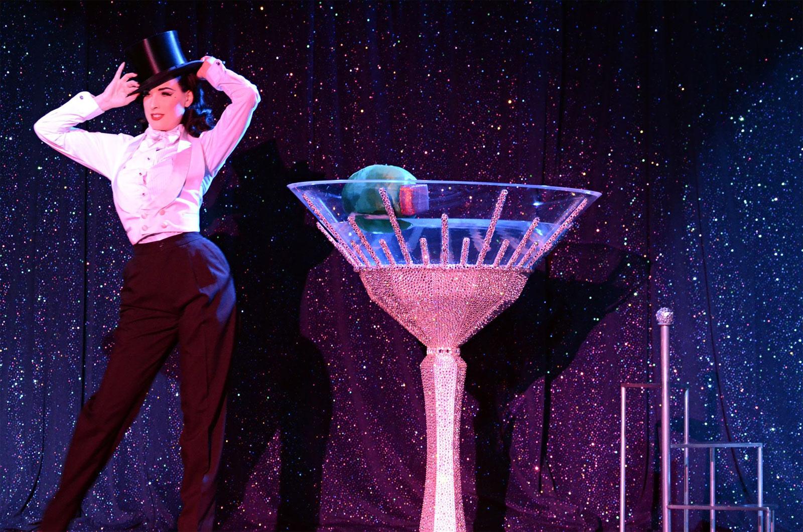 Swarovski Burlesque by Dita Von Teese (3)
