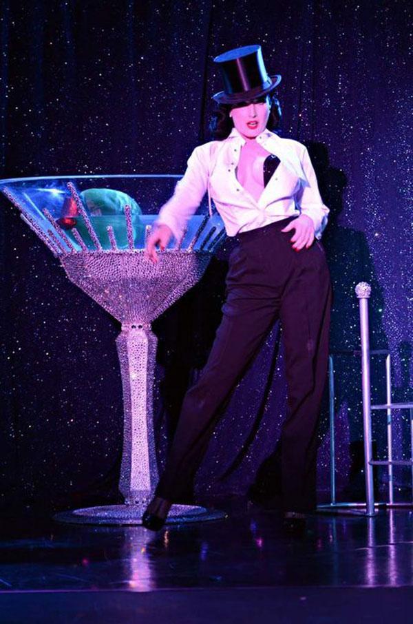 Swarovski Burlesque by Dita Von Teese (2)