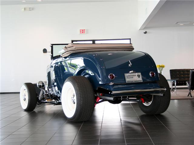 1932 Ford Highboy Roadster (77)