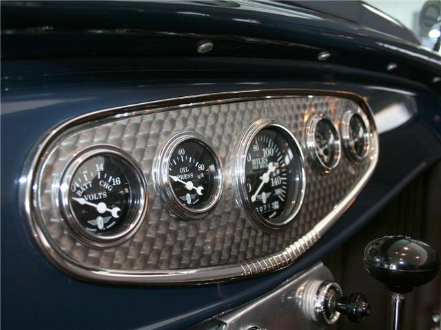 1932 Ford Highboy Roadster (50)