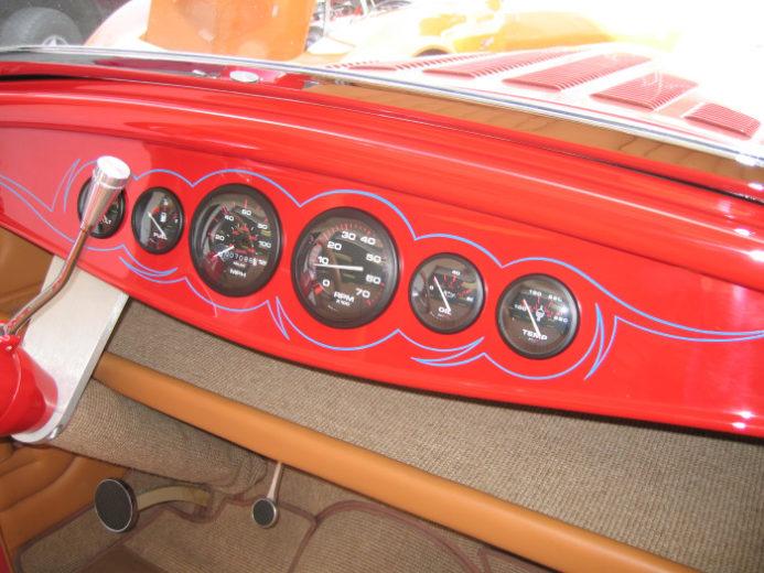 1932 Ford Highboy Roadster (27)
