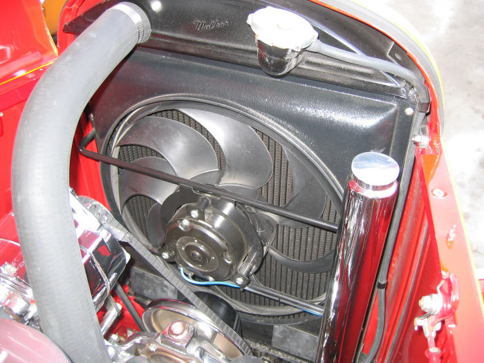 1932 Ford Highboy Roadster (19)