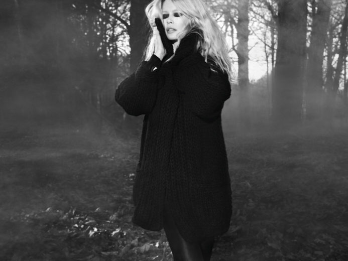 Claudia Schiffer Cashmere Collection for Chic Ladies (1)