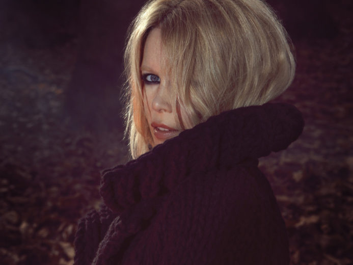 Claudia Schiffer Cashmere Collection for Chic Ladies (7)