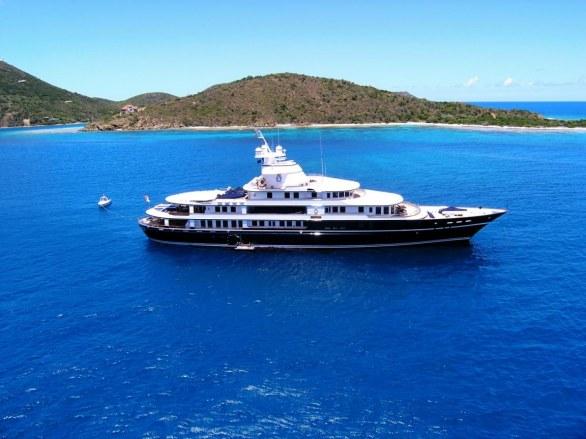 Leander Luxury Superyacht (10)