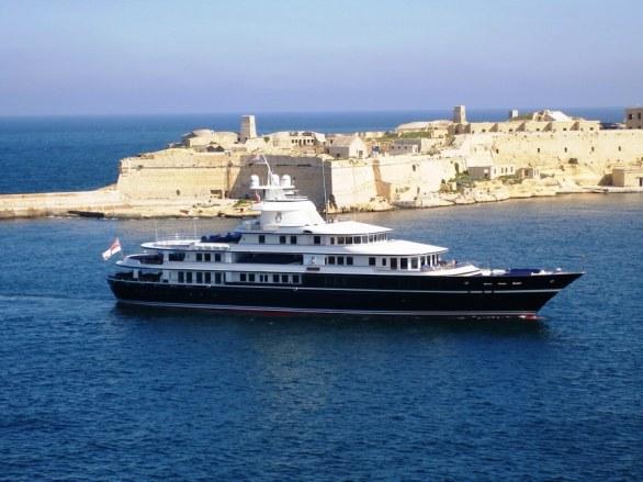 Leander Luxury Superyacht (9)